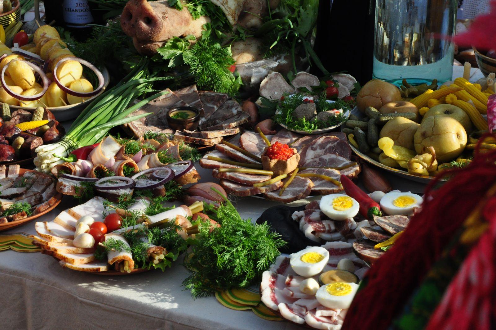 украинский стол с едой картинки сфинктер прямой кишки